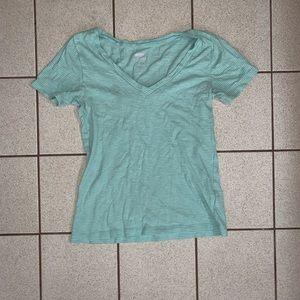 V-neck t shirt